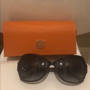 Tory Burch sunglasses 🕶 NWOT